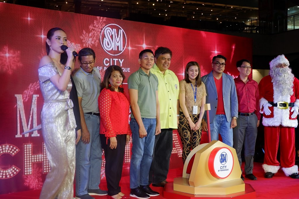 SM City BF Paranaque Christmas Tree Lighting